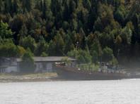 В Мурманской области полиция занялась таинственным исчезновением железнодорожного моста через реку (ФОТО)