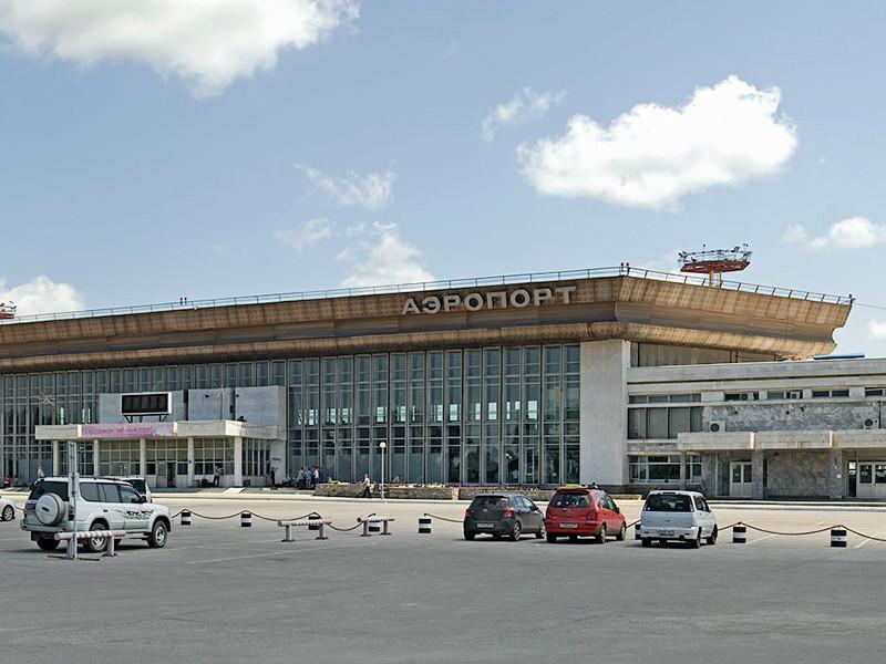 В хабаровском аэропорту задержаны двое граждан КНР, похитивших почти 2 млрд долларов