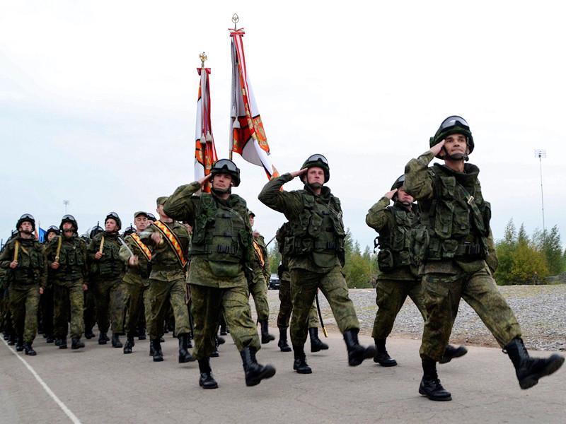 В Минобороны также отметили, что отношения между военнослужащими строятся на основе взаимного уважения