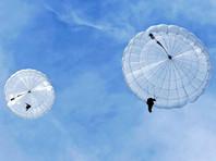 Двое десантников утонули во время тренировочных прыжков с парашютом в Крыму