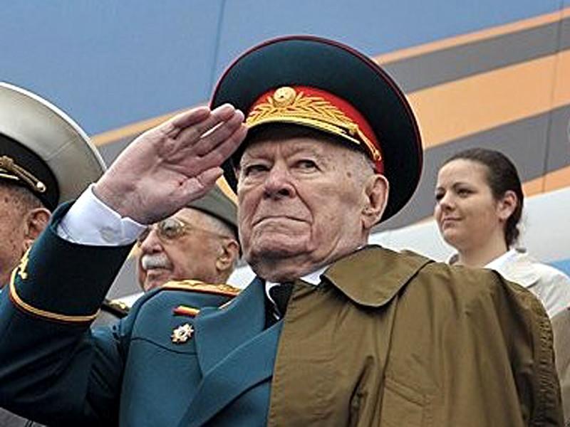 В Москве на 94-м году жизни скончался бывший заместитель председателя КГБ СССР, начальник Пятого управления, отвечавшего за борьбу с идеологическими диверсиями, генерал армии Филипп Бобков