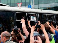 Марш в поддержку Ивана Голунова в Москве: более 400 задержанных. ХРОНИКА