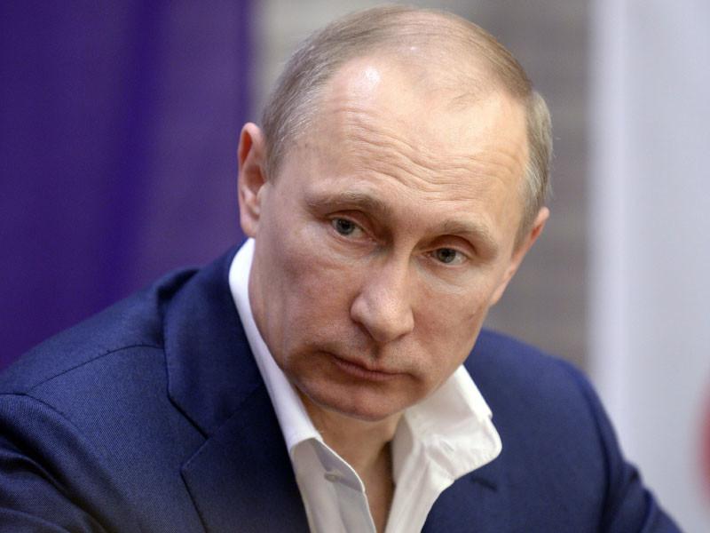 Всероссийский центр изучения общественного мнения (ВЦИОМ) констатировал снижение рейтинга доверия Владимиру Путину