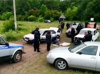 Оказывается, в день конфликта с цыганами полицию вызывали 15 раз. Но в село приехал лишь один автомобиль с несколькими полицейскими. Дополнительные силы правоохранительных органов были подключены только после того, как дело стало резонансным и прогремело на всю страну