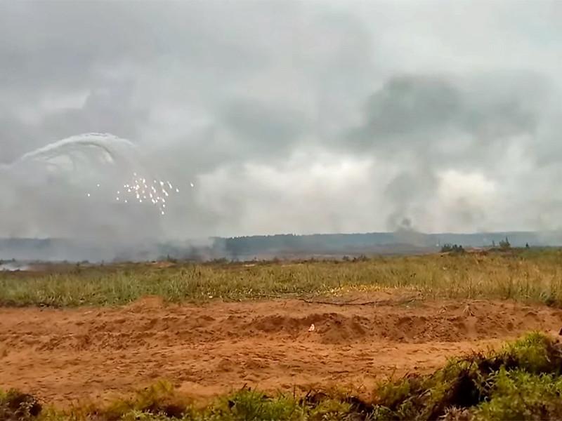 Трое бывших рядовых требуют 6 миллионов рублей от Минобороны из-за инцидента на одном из полигонов в Ленинградской области, когда во время учебных стрельб по ним открыли огонь из танков