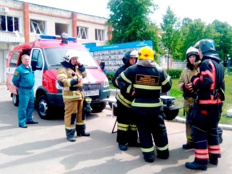 """Гендиректора завода """"Кристалл"""" отстранили """"буквально накануне"""" взрывов за постоянные нарушения норм безопасности"""