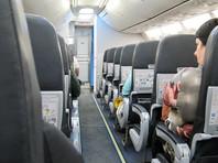 """""""Победа"""" объяснила запрет пассажирам пересаживаться в самолете: """"важно для последующего опознания"""""""