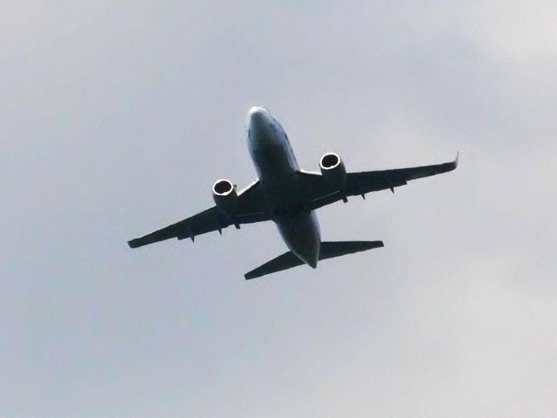 Boeing-737 авиакомпании UTair не долетел до Берлина и вернулся в Москву