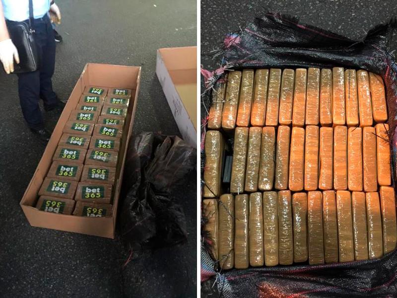 В морском порту Санкт-Петербурга сотрудники правоохранительных органов обнаружили крупную партию контрабанды в виде нескольких центнеров наркотических веществ. Они находились в контейнере с рыбными консервами, прибывшими из Латинской Америки