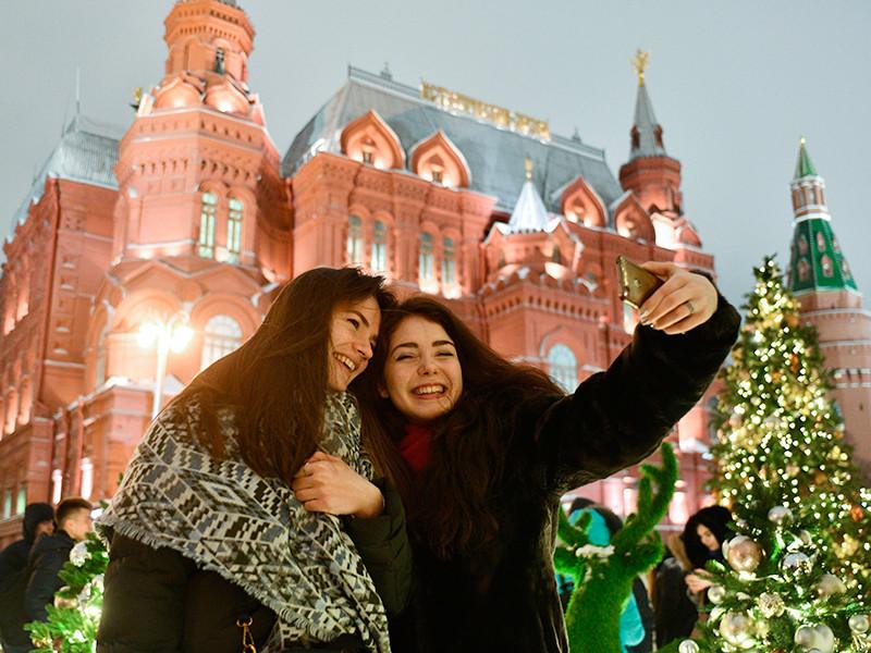 Утвержден календарь праздников на 2020 год: новогодние и майские каникулы сократили