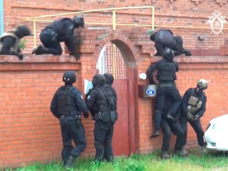 Полиция Омской области обнаружила подпольный реабилитационный центр для людей с алкогольной или наркотической зависимостью, которых удерживали там силой и избивали