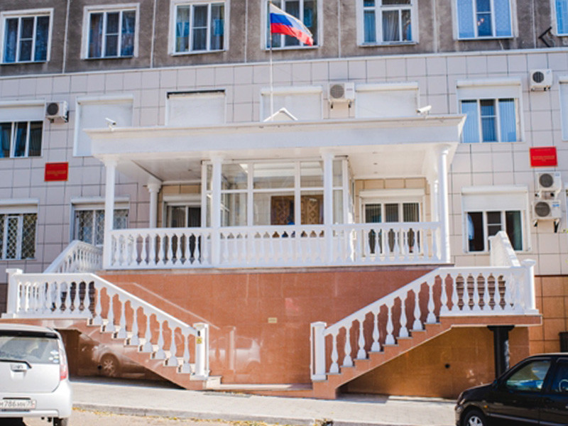 Восточно-Сибирский окружной военный суд отменил выплаты наградных вдове погибшего в Сирии старшего лейтенанта Сергея Елина