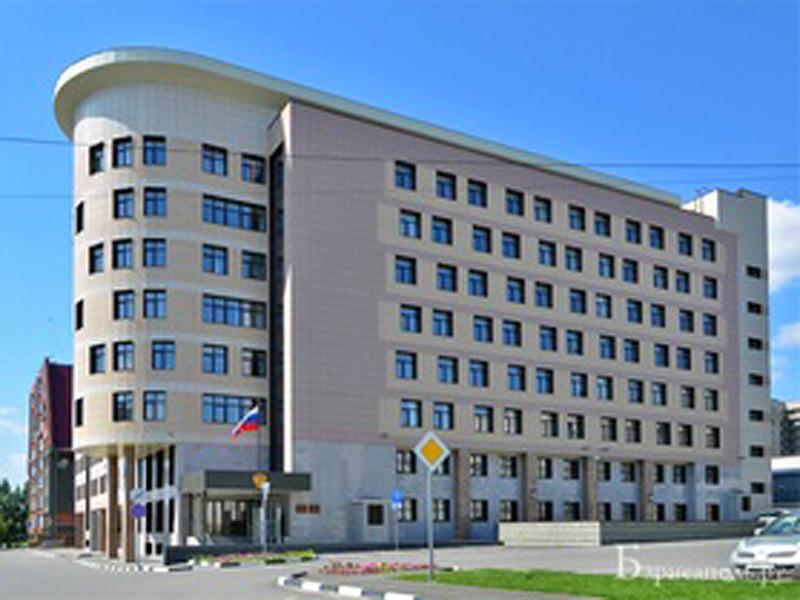 Центральный районный суд Барнаула постановил выплатить компенсацию морального вреда в сумме 100 тысяч рублей студентке Марии Мотузной, которая обвинялась в размещении в социальных сетях мемов с оскобительными подписями