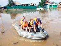 Из-за  угрозы подтопления в иркутском Тулуне началась новая эвакуация, срочно засыпан водосток в дамбе