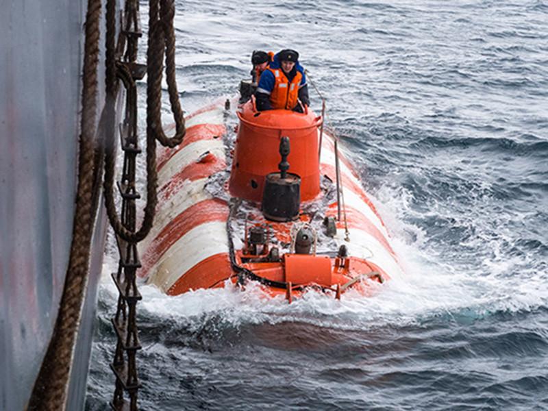 """На сверхсекретном батискафе, который загорелся в Баренцевом море, был установлен литиевый аккумулятор. Как пишет """"Фонтанка"""", новую для подводного флота технологию внедрили в ходе последнего ремонта"""