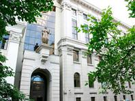 Около 50 человек задержали около здания Верховного суда в Москве на стихийной акции в поддержку судимых крымских татар