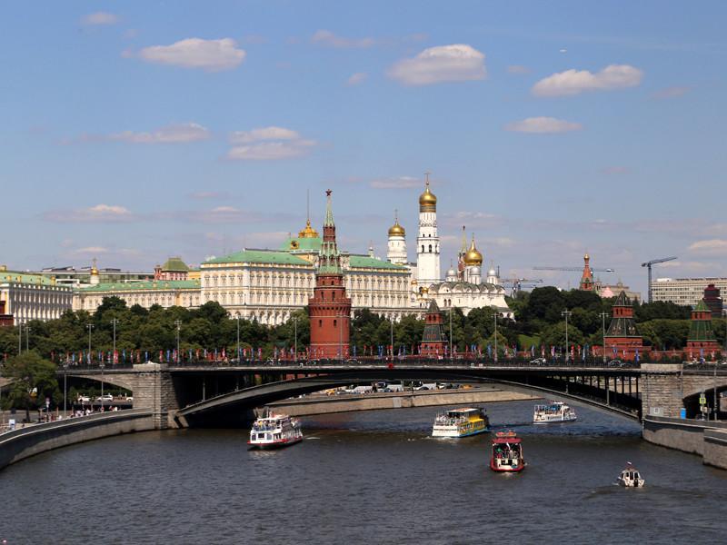 """""""Ведомости"""": Кремль перед губернаторскими выборами избавился от сильных соперников, но в четырех регионах возможны проблемы"""