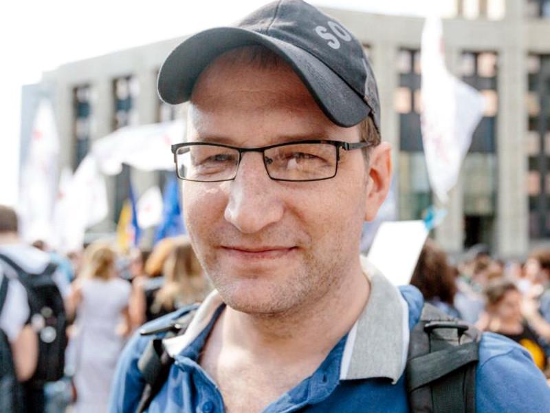 Куракин был задержан 7 июня, когда пришел в прокуратуру подать заявление по поводу защиты городского парка. Позже его арестовали на два месяца