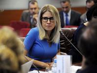 Мосгоризбирком повторно отказал Соболь в регистрации кандидатом в Мосгордуму, отклонив чемодан доказательств. Она продолжает голодовку