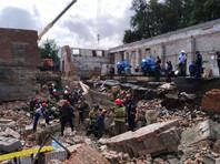 В Новосибирске обрушилась стена реконструируемого здания, погибли три человека (ФОТО, ВИДЕО)