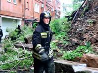 Во Владивостоке объявлен режим ЧС из-за сильных дождей, подтоплены десятки частных домов, люди ждут эвакуации (ВИДЕО)