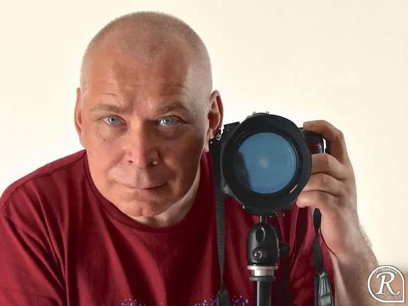 """Живущий в изгнании в Финляндии бывший журналист петербургского телевидения Дмитрий Запольский написал книгу """"Путинбург"""""""