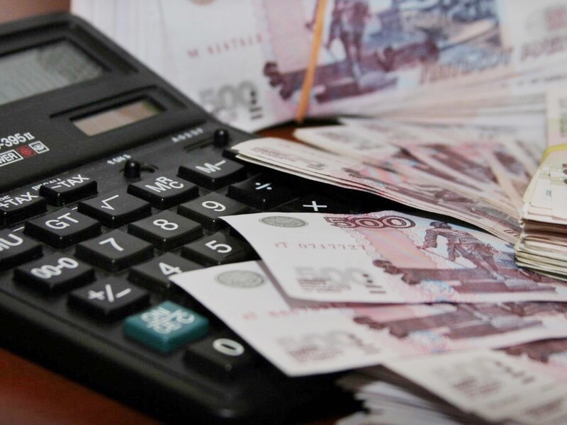 Зарплаты бюджетников, подпадавших под действие майских указов президента Владимира Путина от 2012 года, в первой половине 2019 года формально достигают целевых значений по всем категориям работников лишь в четырех регионах России