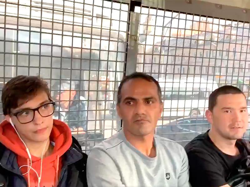 """В """"ОВД-Инфо"""" заявили об 1 тыс. задержанных на субботней акции в Москве"""