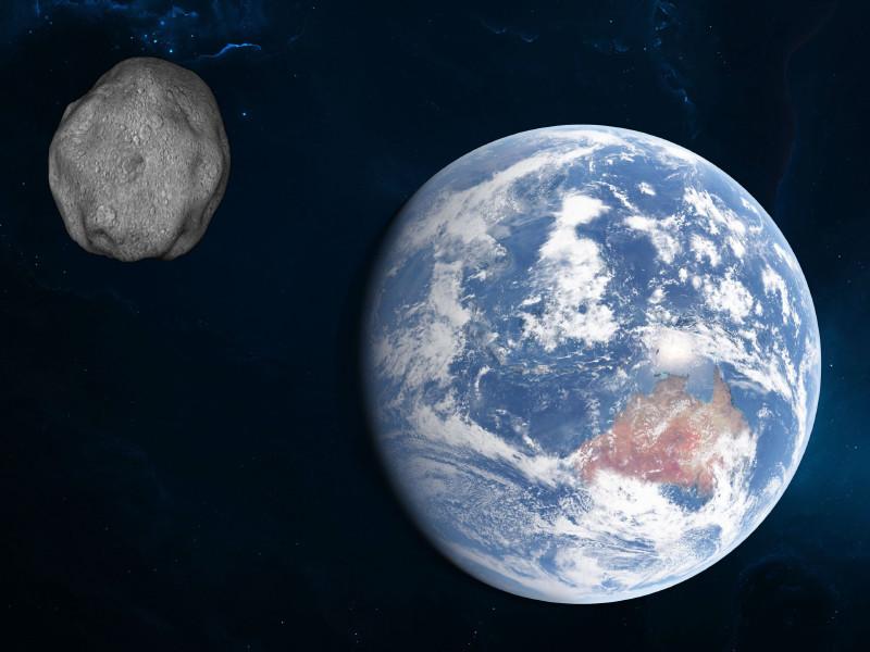 Приближающийся к Земле астероид не угрожает планете, успокоили в Роскосмосе