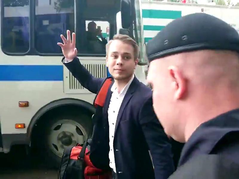 Координатора московского штаба Алексея Навального Олега Степанова задержали на выходе из спецприемника № 2