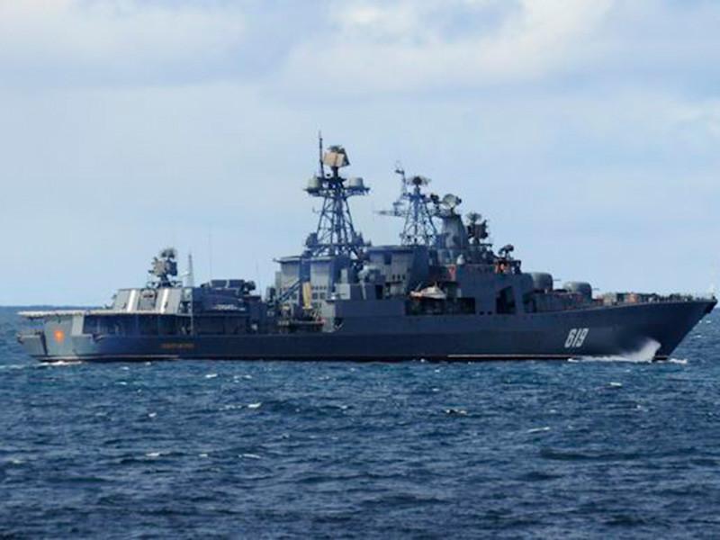 В учениях задействованы 49 кораблей и боевых катеров, 20 судов обеспечения, 58 летательных аппаратов Военно-морского флота (ВМФ) и Воздушно-космических сил (ВКС), а также более 10 тысяч военнослужащих