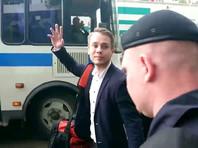Координатора штаба Навального, только что отбывшего арест, задержали повторно
