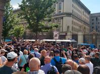 27 июля во время разгона акции оппозиции силовики задержали почти 1400 человек. При этом применялись дубинки и электрошокеры, в результате пострадали около 80 человек