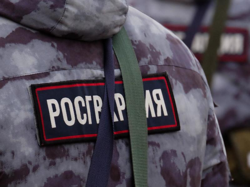 В Петербурге солдат Росгвардии, отказавшийся подписывать контракт, две недели не выходит из комы после засекреченного инцидента