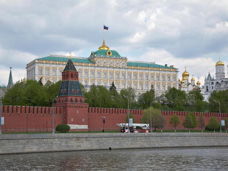 """В Кремле отреагировали на информацию об """"агенте наивысшего уровня"""" ЦРУ Олеге Смоленкове"""