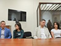 """""""Левада"""": треть мужчин и половина женщин-респондентов оправдали действия сестер Хачатурян, убивших отца"""