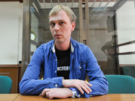 Полицейские, задержавшие Ивана Голунова, потребовали восстановления на службе
