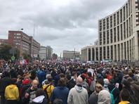 """Большинство россиян заметили протесты в Москве и не верят во """"вмешательство Запада"""". Треть ждет политических забастовок и митингов"""