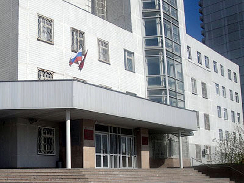 Никулинский районный суд Москвы отказал прокурору в иске о лишении родительских прав многодетной семьи Хомских из-за участия в акции протеста 3 августа вместе с маленькими детьми
