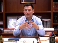Хасиков в видеообращении к жителям республики заявил, что лично решил пригласить Трапезникова в Элисту