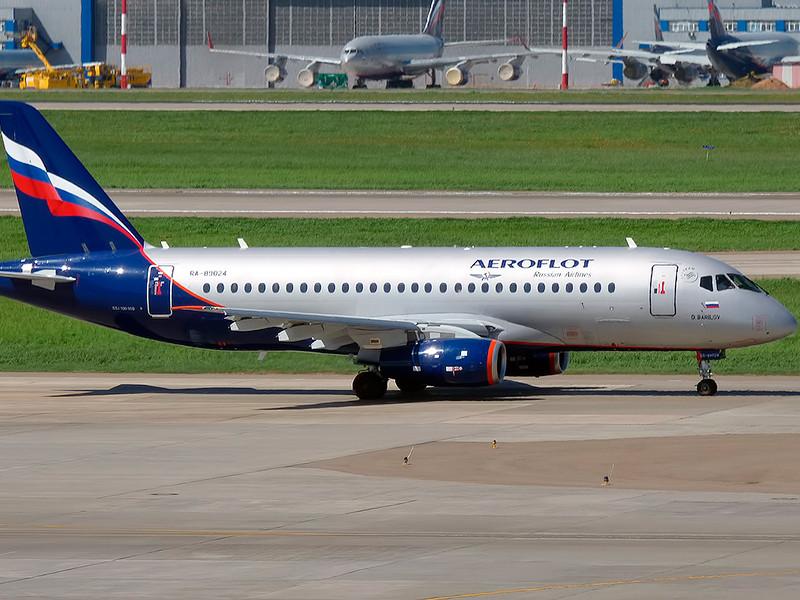Российский самолет Sukhoi Superjet 100 (SSJ-100) после серии проблем и катастрофы в Шереметьево может сменить название, в том числе, на российское