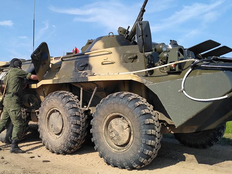 Бронетранспортер задавил двух сотрудников Росгвардии на учениях в Смоленской области, сообщили ТАСС в военном следственном отделе СК по Смоленскому гарнизону