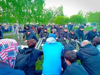 Участнику протестов против храма в Екатеринбурге дали полгода обязательных работ за оскорбление полицейского без опознавательных знаков