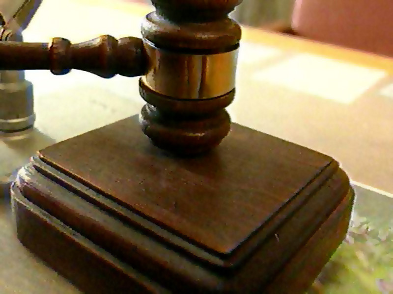 Полицейские из Нижнего Тагила, выбившие из задержанного признание в выдуманном преступлении, получили реальные сроки