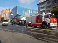 Васильев, управляя автомобилем Kia Rio, проехал на красный свет несколько перекрестков и врезался в стоящие на светофоре машины. Основной удар пришелся по машине такси Uber, ее водитель и пассажир погибли на месте