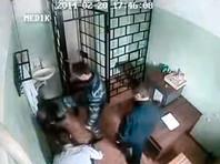 Появилось ВИДЕО избиения заключенного начальником петрозаводской ИК-9, который обвинял журналистов в клевете