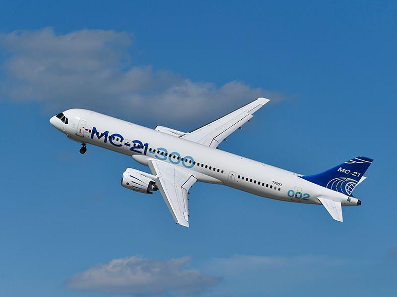 Новейший российский самолет МС-21-300 аварийно приземлился в Жуковском