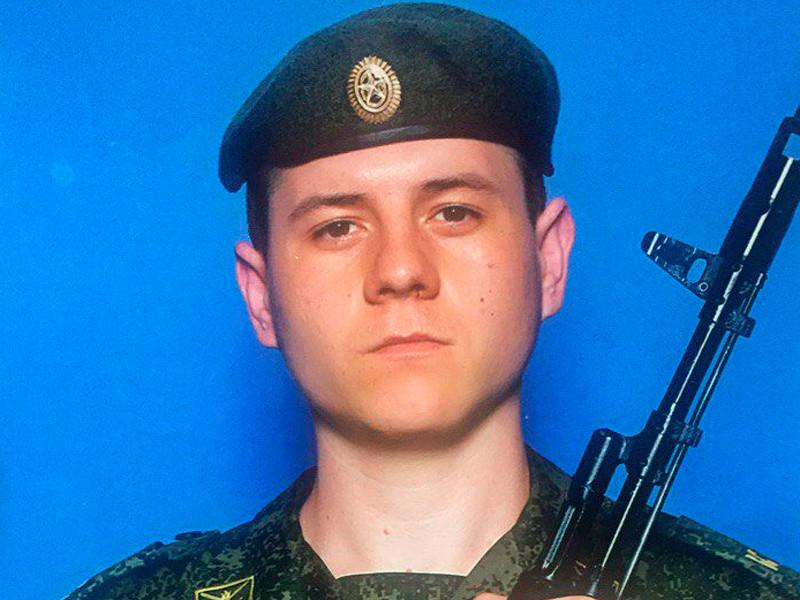Рустам Авазов
