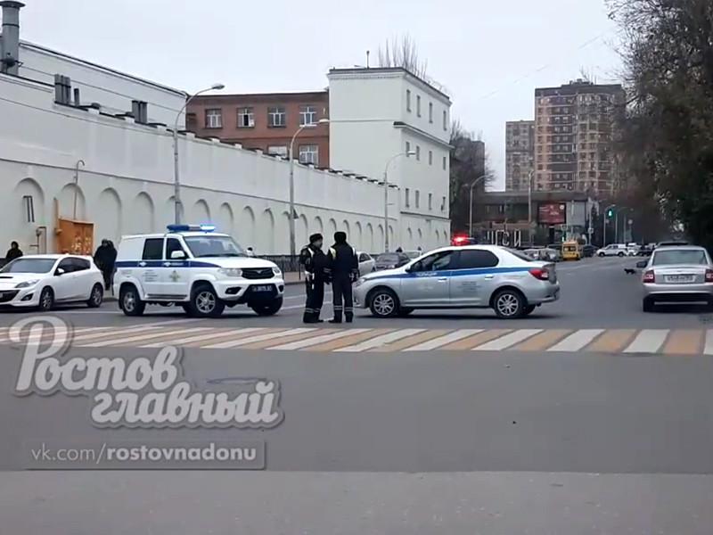 В Ростове-на-Дону спецназ взял штурмом квартиру, где силовик удерживал в заложниках беременную жену