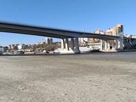 В Ростовской области внезапно ушла вода из Дона и Таганрогского залива: люди искали сокровища и проваливались под лед на машинах (ФОТО, ВИДЕО)